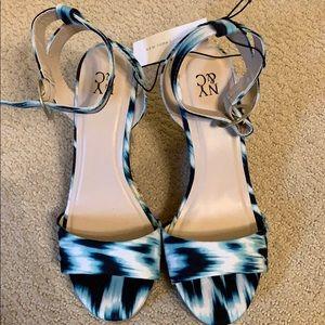 NY&co healed sandal